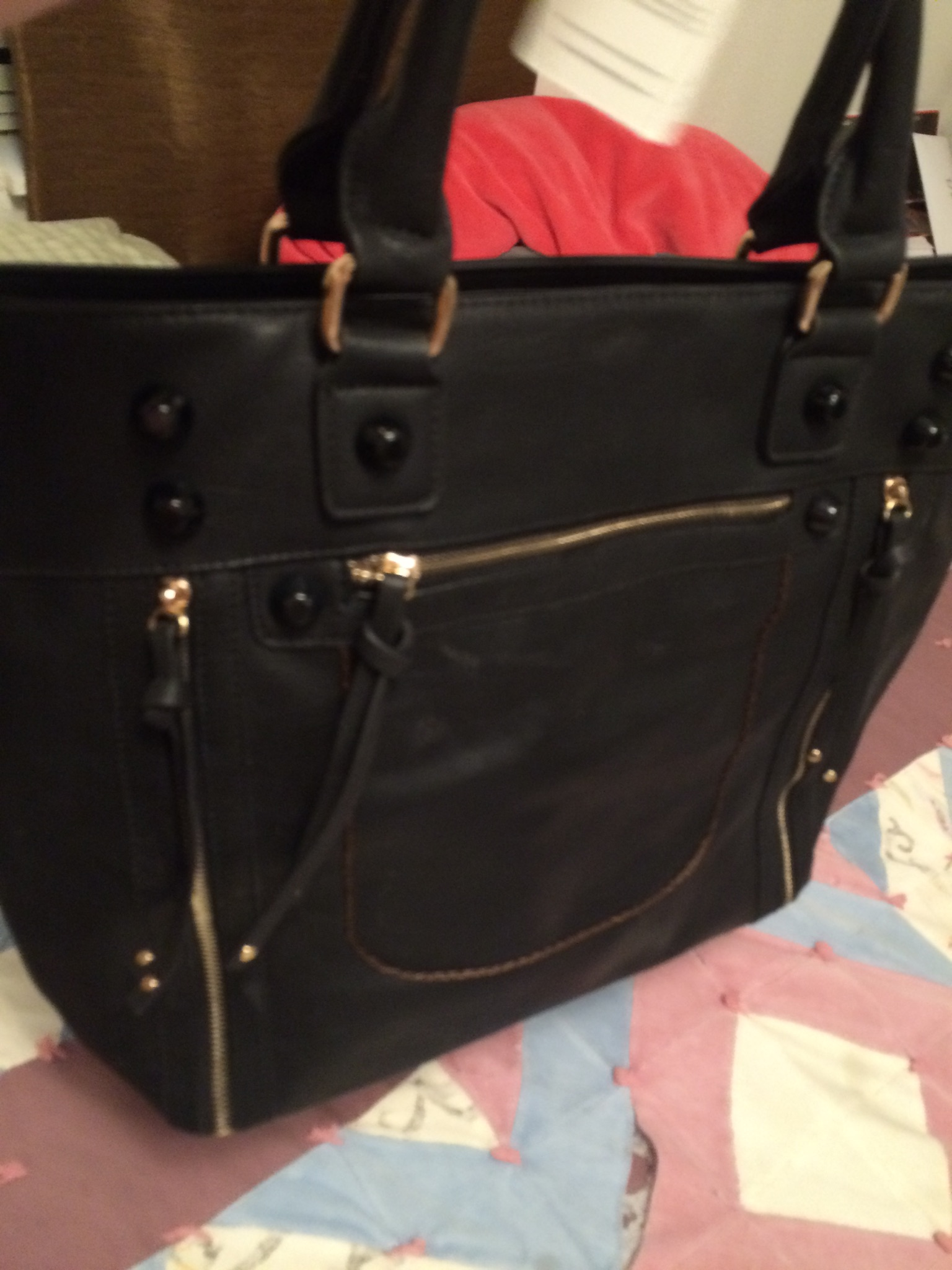 I Have Been Looking For A New Handbag And Recently Received This Great Bag From Robert Matthew It Is The Olivia Shoulder Tote In Black